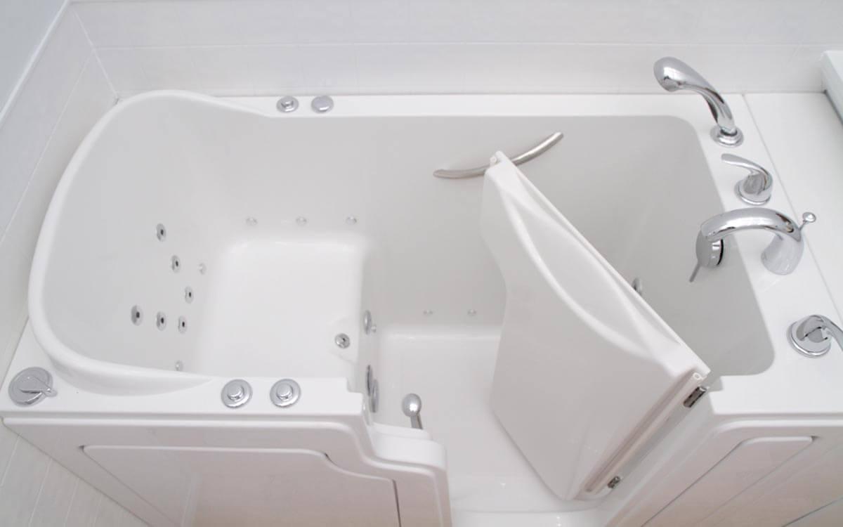 開門式浴缸